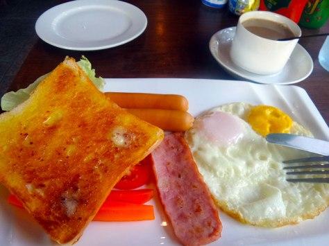 American breakfast at the Botanic Service Room
