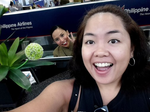 My cousin Trixie was assigned at one of the check-in counters so I had to say Hi. She seated me at a window seat. YES!