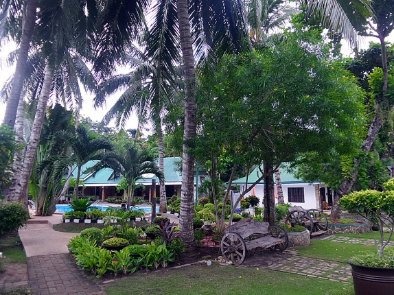 Dumaluan Beach Resort