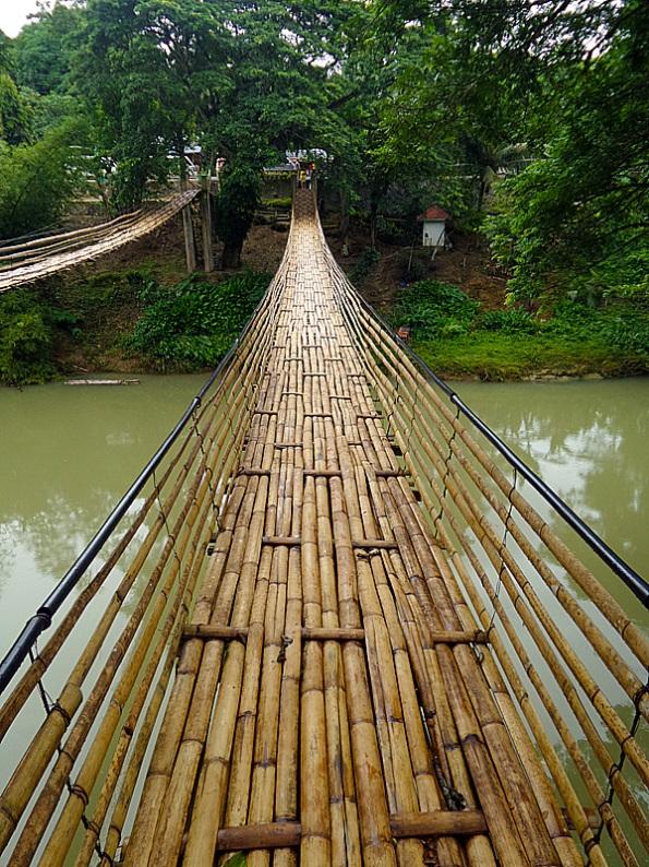 Sipatan Hanging Bridge