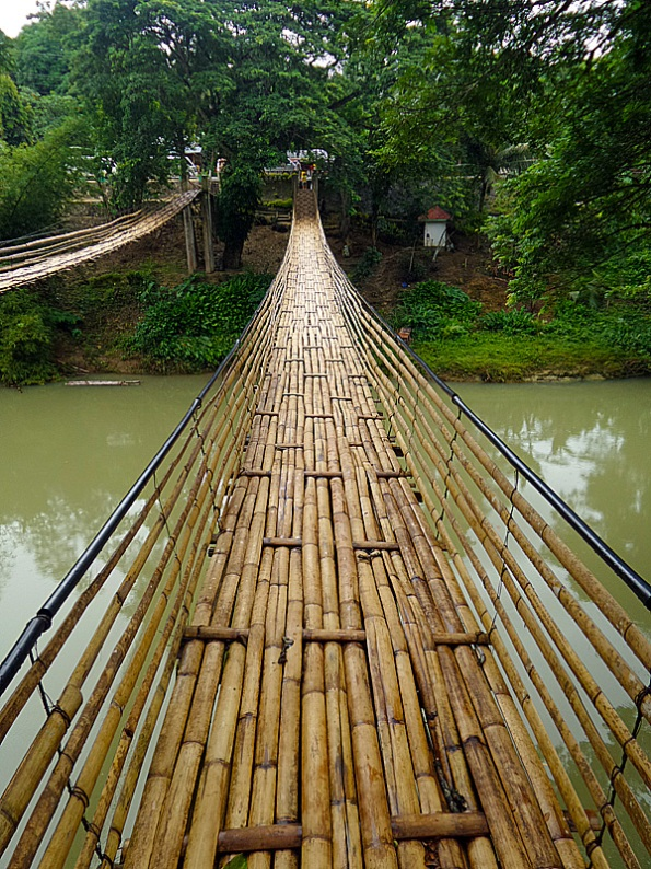 Sipatan Hanging Bridge