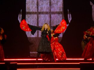 Madonna19