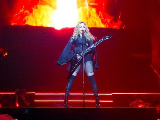 Madonna25