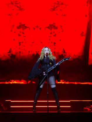 Madonna26