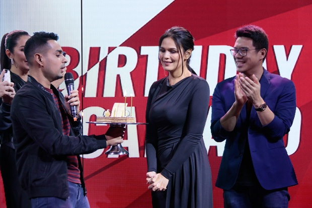 THE-IFLIX-FAMILY-SURPRISES-IZA-FOR-HER-BIRTHDAY