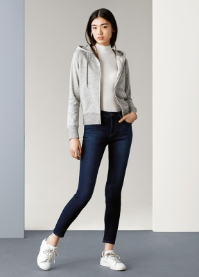 UNIQLO-Ws-EZY-Jeans