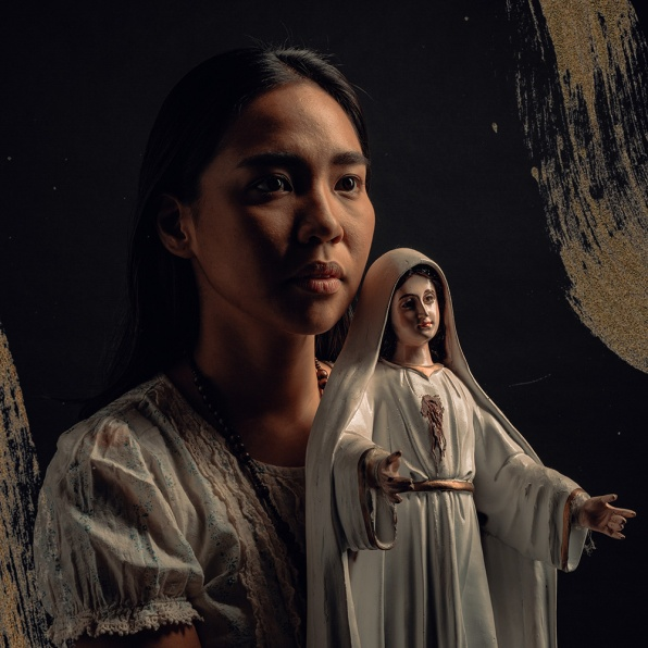 Aicelle Santos reprises her role as Elsa