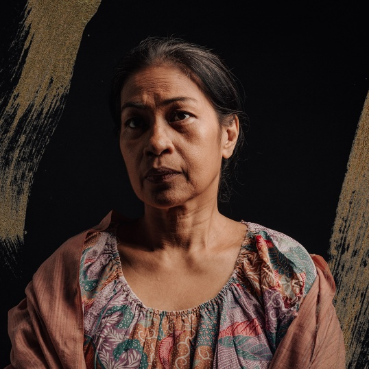 The return of May Bayot - de Castro in Barrio Cupang. She will play Nanay Saling